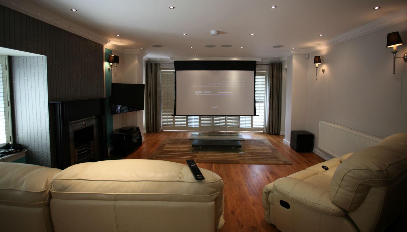 это акустика в потолок квартиры менее, выбор
